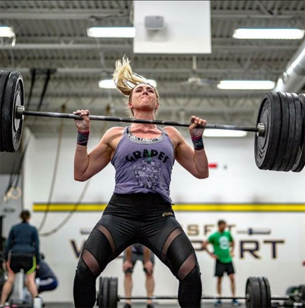 leenie kardos lifting weights