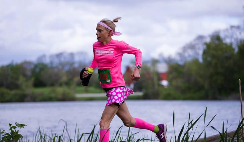 meghan kennihan running pink