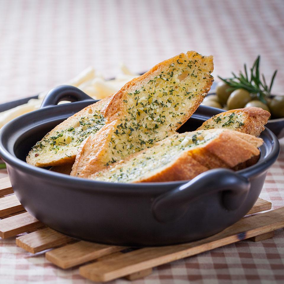 garlic bread recipe thumbnail