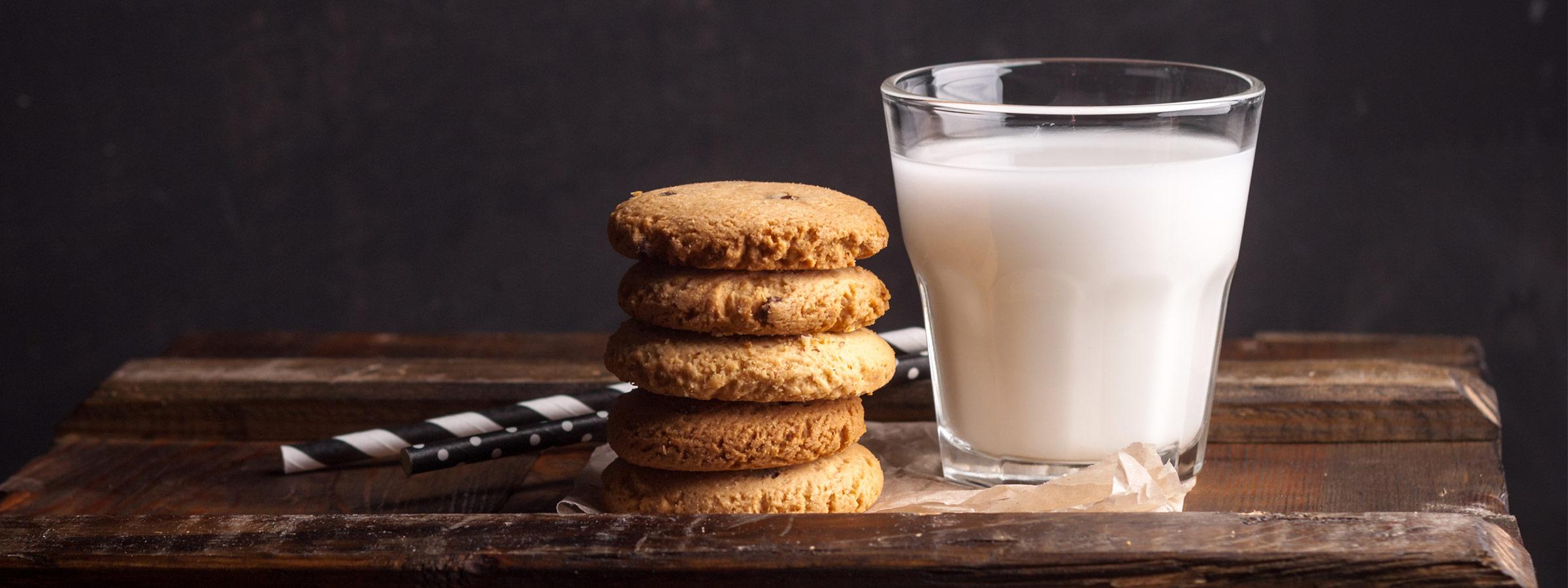 marcona almond milk main image
