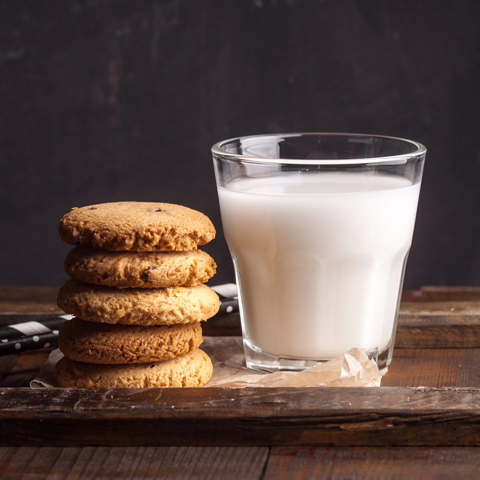 marcona almon milk thumbnail