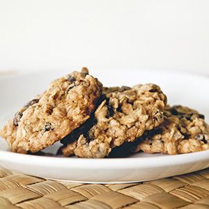 The Ultimate Organic Oatmeal and Goldenberry Cookie