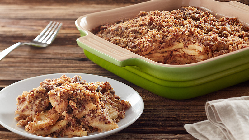 gluten-free apple crisp with red quinoa featured