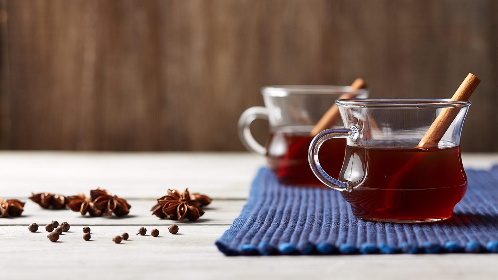 mulled cinnamon chai tea featured
