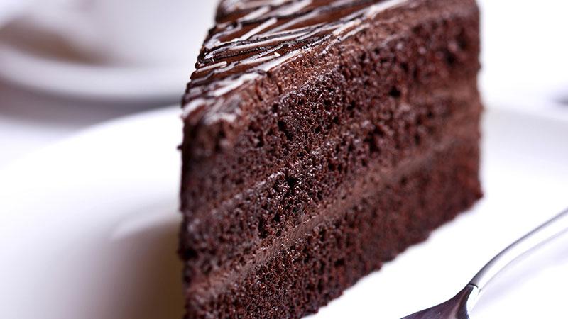sugarless chocolate cake feature