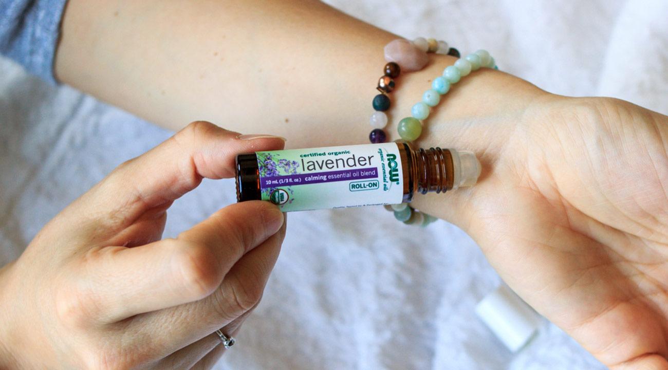 holiday family kit slide 6 lavender oil blend roll-on