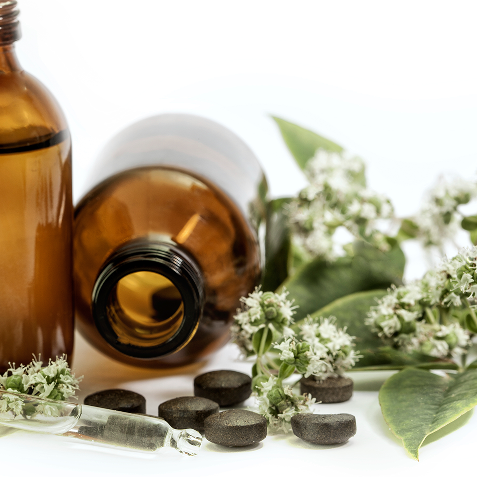 Whole Herbs vs. Standardized Herbal Extracts: Which are Better?